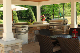 Options for an Outdoor Kitchen